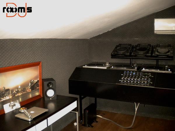 DJ Triola