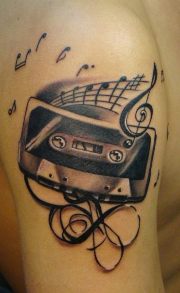 Music is forever – 15 musical tattoos | DJ rooms