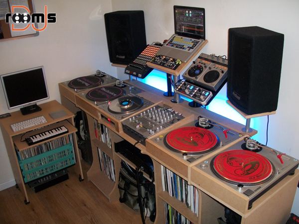 room by Craig Dalzell | DJ rooms