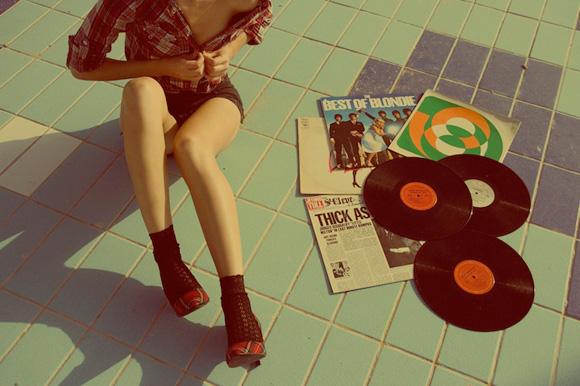 Women n Vinyl 01
