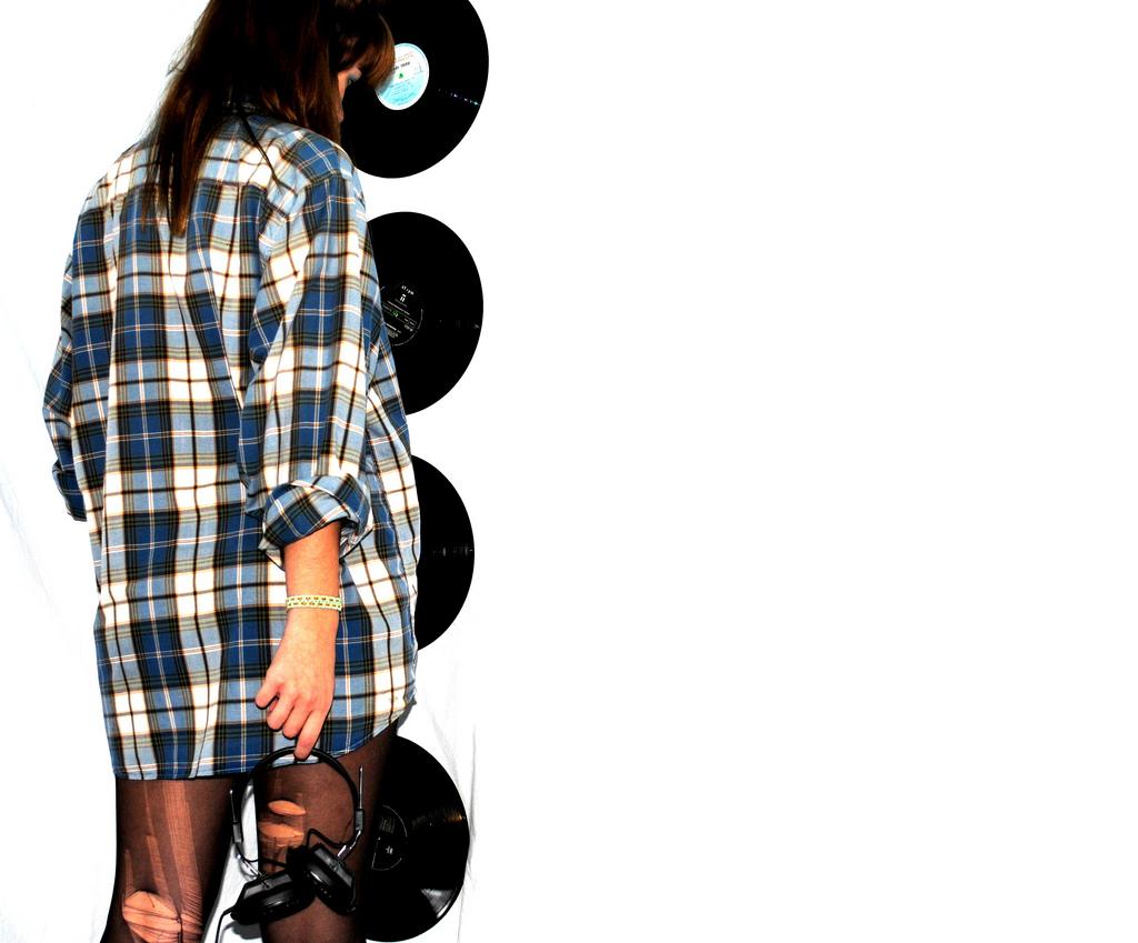 Women and Vinyl 09