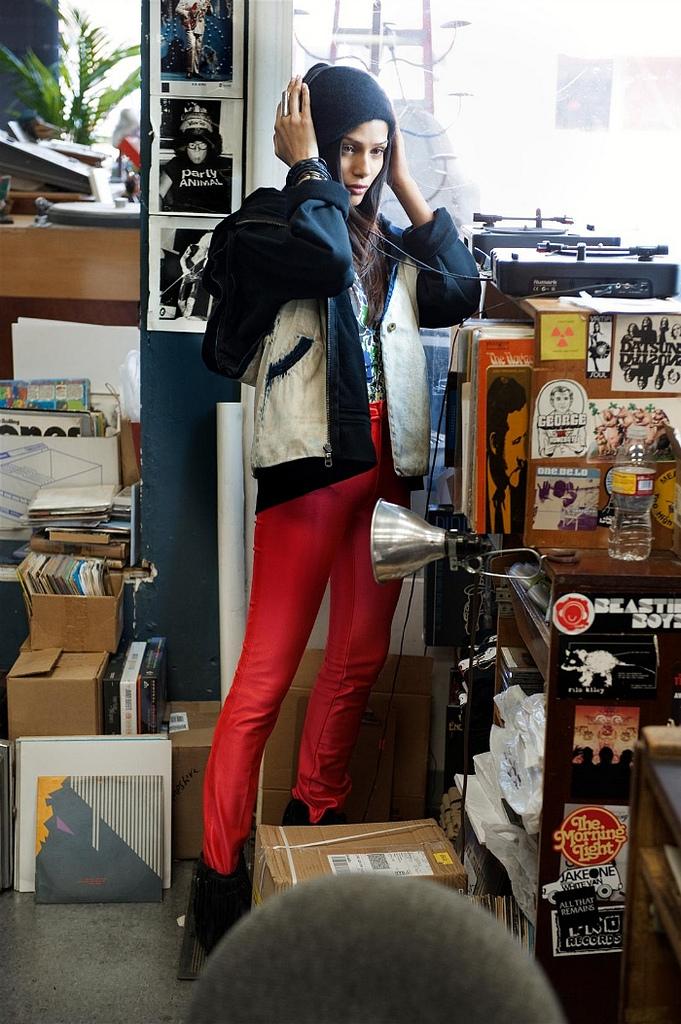 Women and Vinyl 14